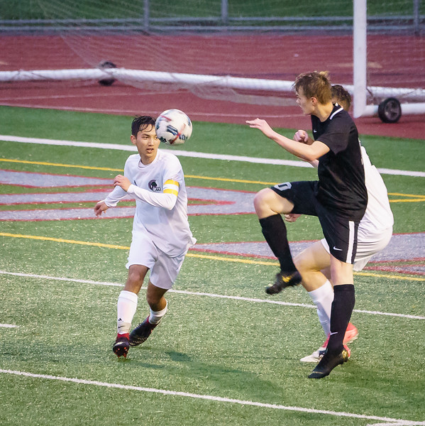 2019-04-16 Varsity vs Edmonds-Woodway 068.jpg