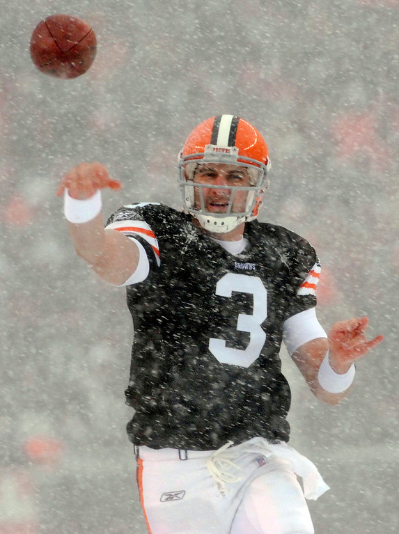 . News-Herald file Browns quarterback Derek Anderson throws a completion over the middle during the first quarter of Sunday\'s game versus the Bills.