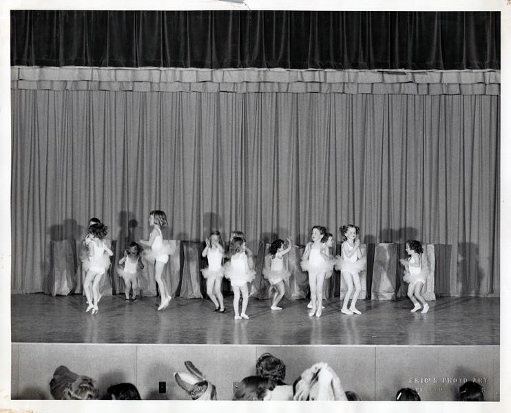 Dance_2945_a.jpg