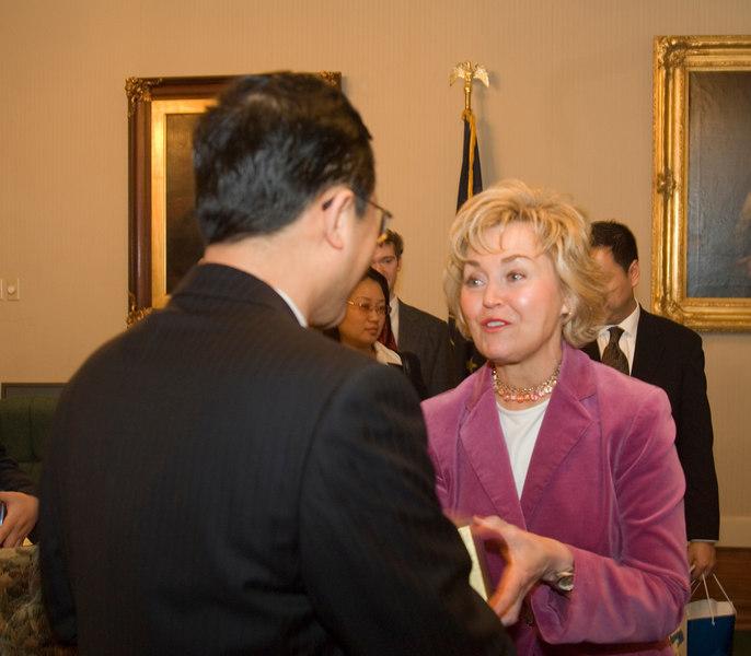 2007_china_delegation_statehouse_tour_lt_gov_0248.JPG