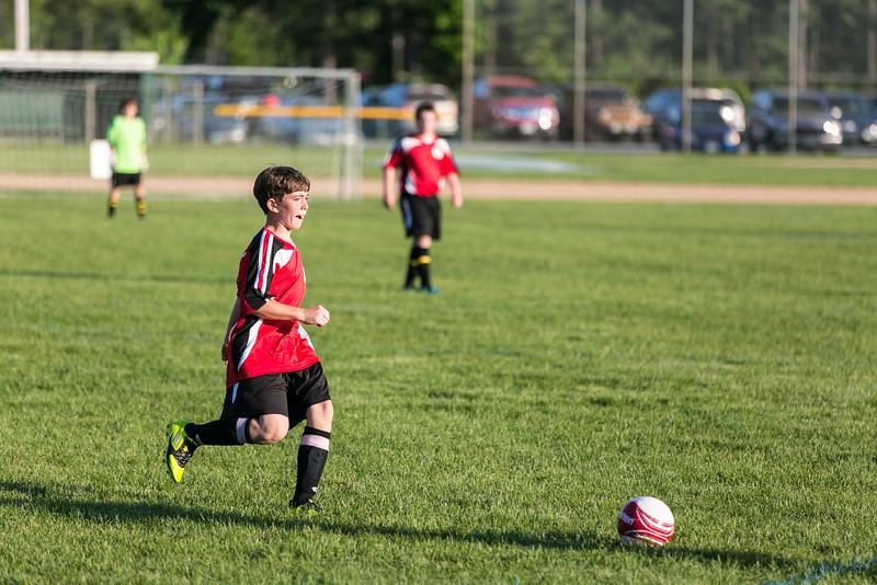 amherst_soccer_club_memorial_day_classic_2012-05-26-00590.jpg