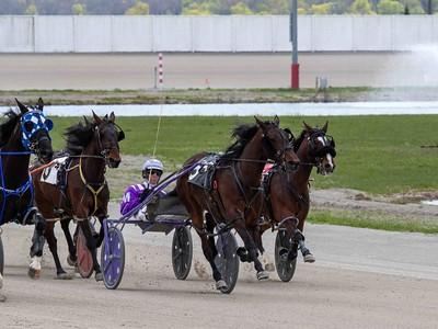 Race 4 MV 4/21/21 Q