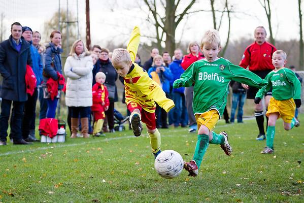 30/11/2013: FC Edeboys - St. Wetteren