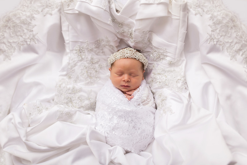 Kaylyn Newborn-117.jpg