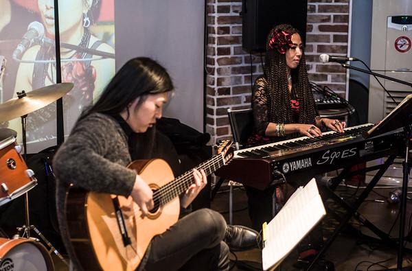 Dali (RIP) performance at The Alley Pub, Itaewon, Seoul, Korea, 12/2/2016