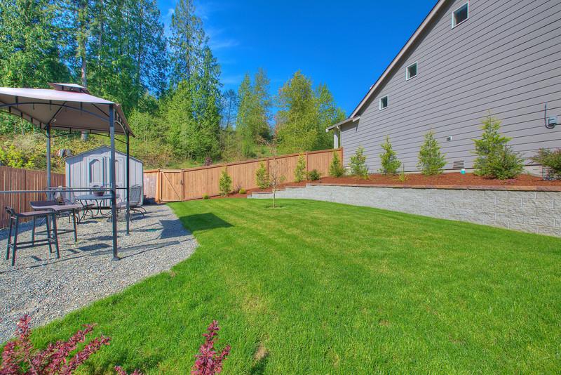 Side yard 3.jpg