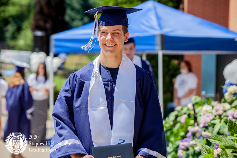 Dylan Goodman Photography - Staples High School Graduation 2020-577.jpg