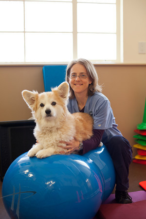040512_AnimalWellnessCenter