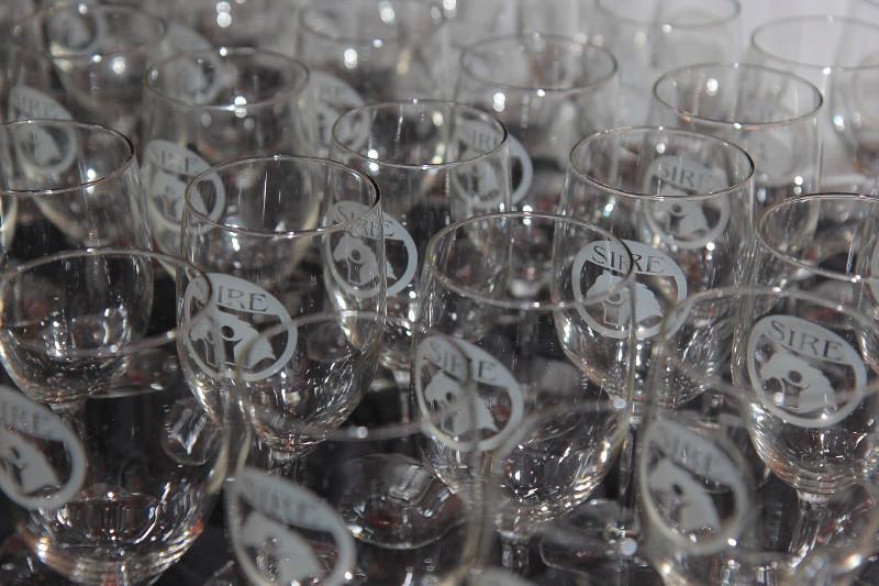 SIRESudsScenesSecretariat-wine glasses (800x533).jpg