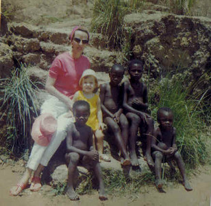 Cassanguidi Mena Cardoso, mãe e amigos