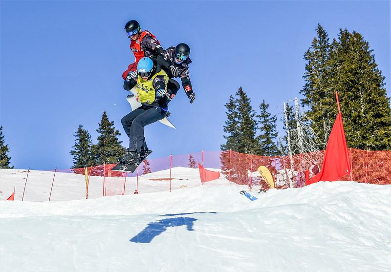 Glenn de Blois2 - EC snowboardcross Grasgehren-Credit Christine Bilecki-2017.jpg