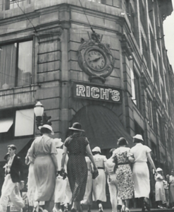 Rich's storefront in the 1920's
