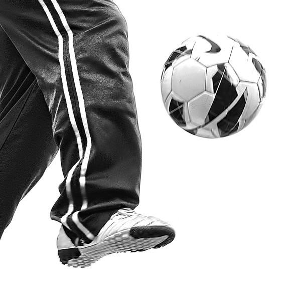 Soccer player B&W close 00249 copy copy.jpg