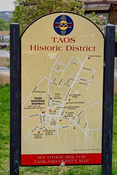 Taos-001.JPG