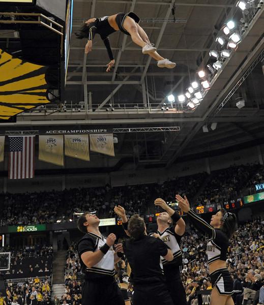 Cheerleader toss.jpg