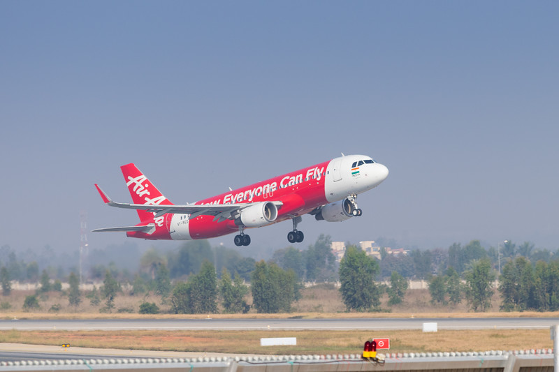VT-RED takeoff-blr DSC_1269.jpg