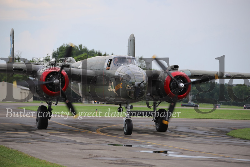 B-25 pulling in after landing. Seb Foltz/Butler Eagle