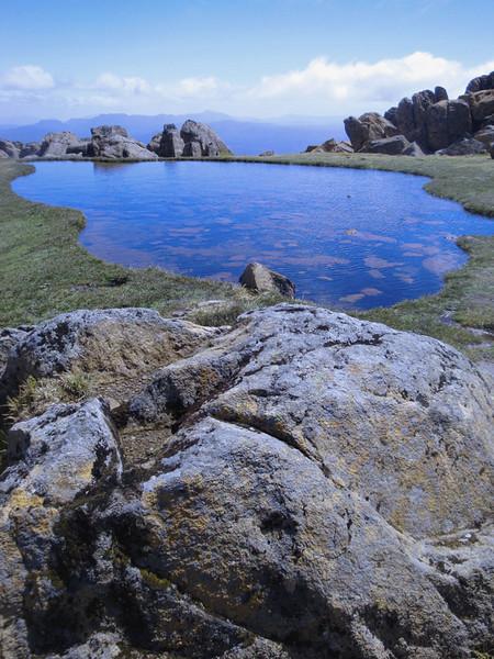 Mt Ossa pond 1.jpg
