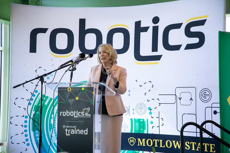 Robotics Grand Opening-8753.jpg