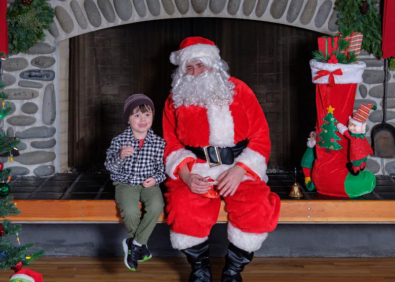 CB Santa 2019-7832.jpg