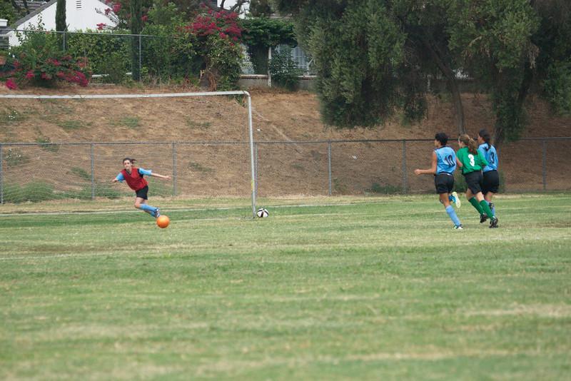 Soccer2011-09-10 08-52-24_1.jpg