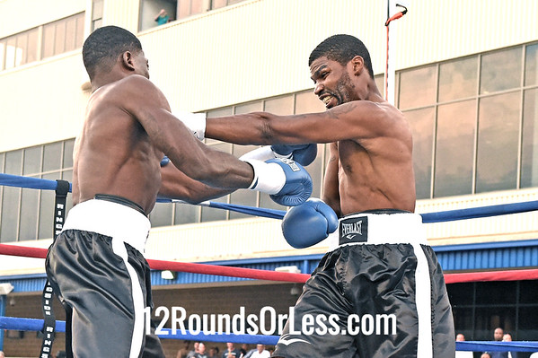 Bout 4 Victor Toney, Youngstown, OH -vs- Vincent Floyd, Philadelphia, Super Welterweight
