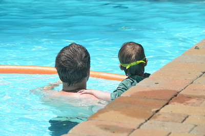 Pool day Wadhawan - kids
