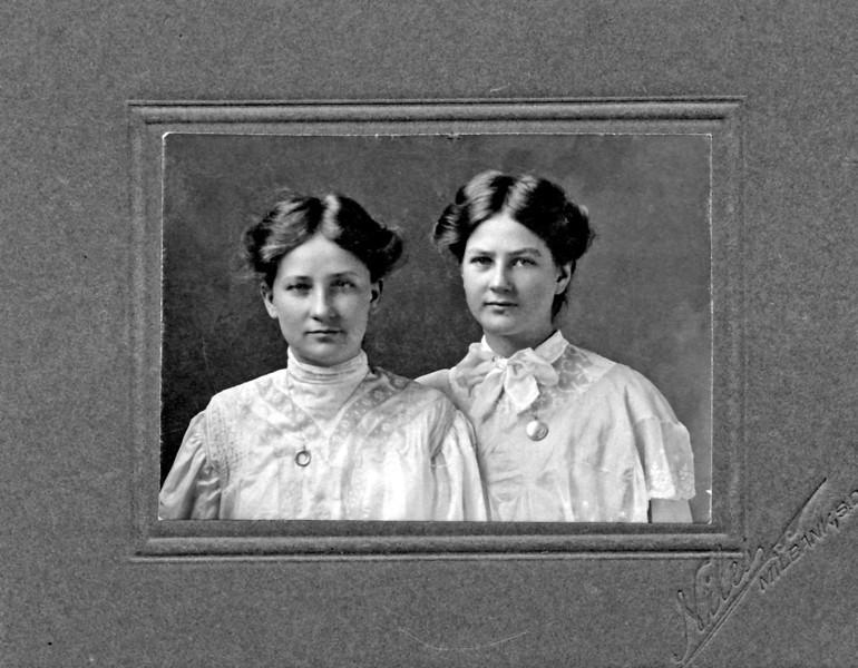 Joyce Selgeby and cousin.jpg