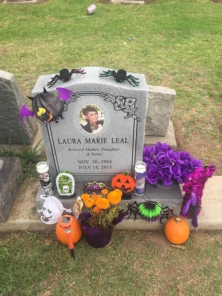 Laura_Memorial_04.jpg