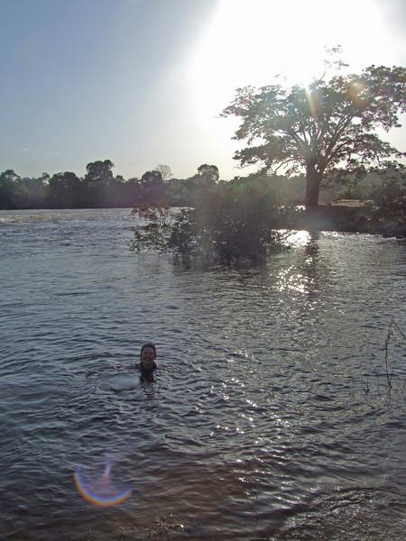 DSCF1416Mandy swim Iwk.jpg