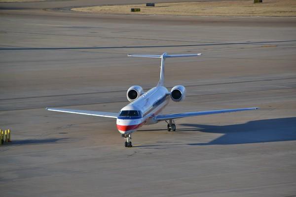 Flight MHK - DFW - MFE