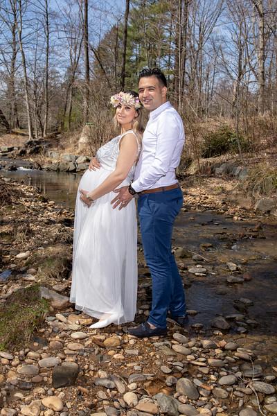 Elli and Ali - Maternity