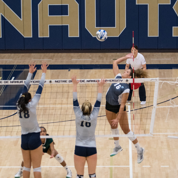 HPU Volleyball-92120.jpg