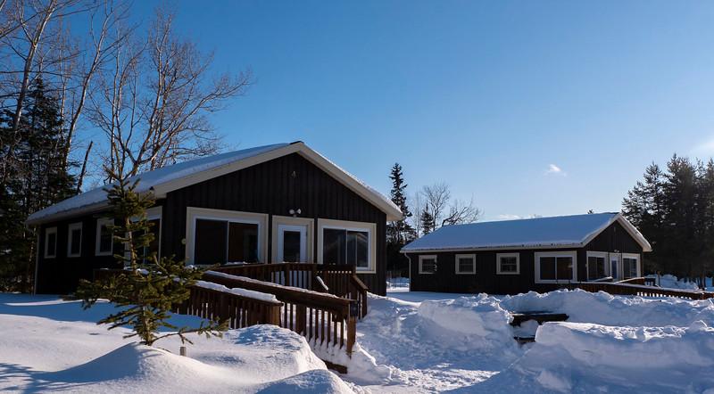 Sleeping-Giant-Provincial-Park-Cabin-03.jpg