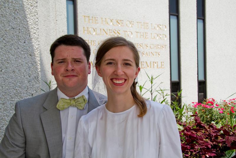 Levi & Emily-3964.jpg