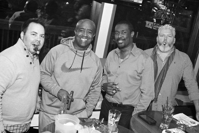 Party Source Cigar  7.jpg