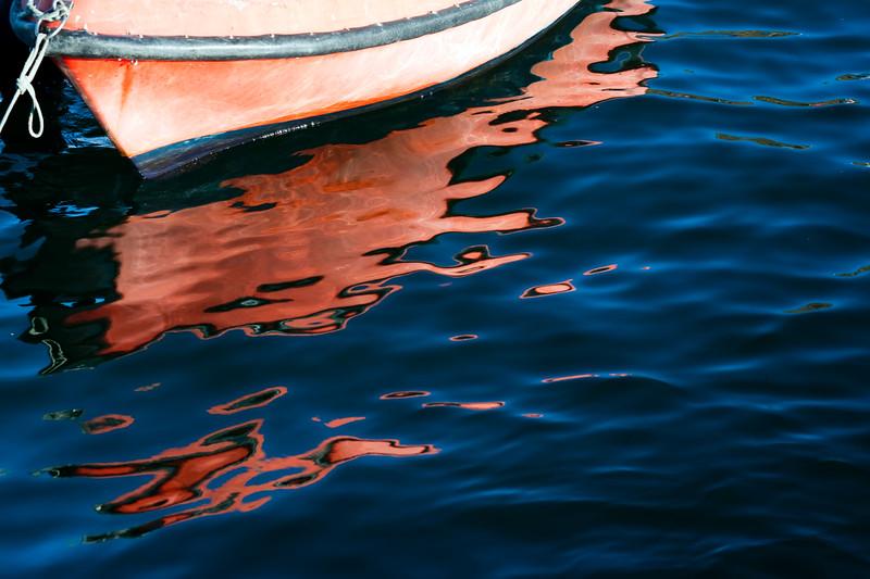 Moored boat, town of Sagres, municipality of Vila do Bispo, district of Faro, region of Algarve, southwestern Portugal