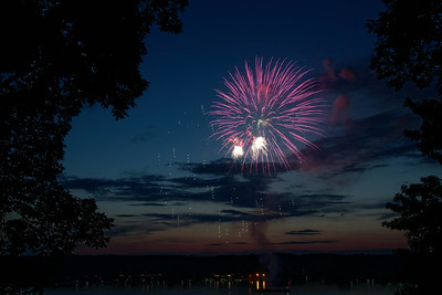 Fireworks at the lake - 9 June 2018