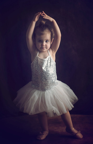 toddler ballet dancer photographed by newborn photographer highbury