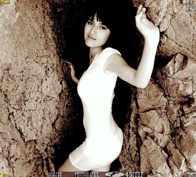 beautiful woman swimsuit model bikini malibu 201.44.jpg