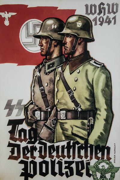 Many photographs of Nazi terrors