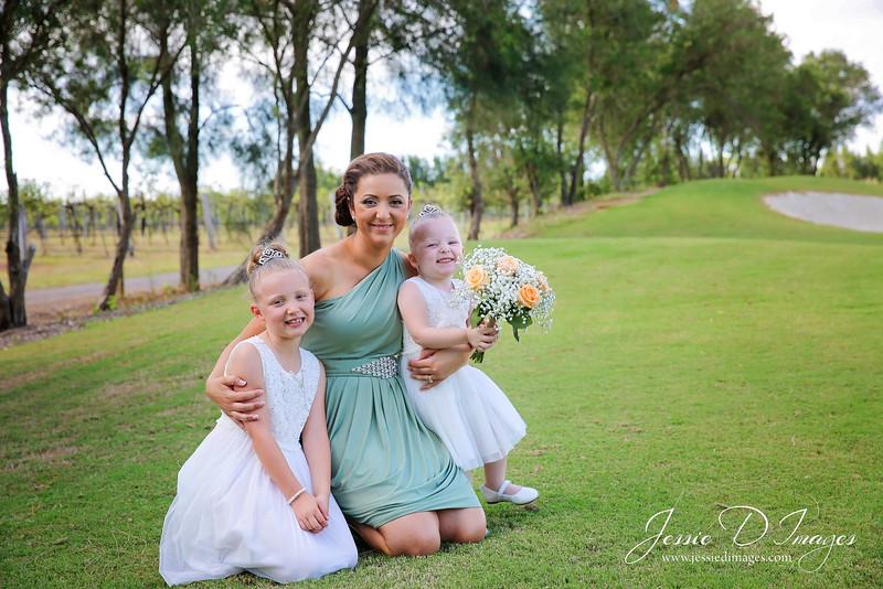 Wedding photo - crowne hunter valley - jessie d images 8.jpg