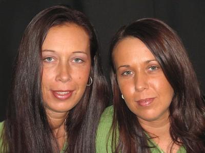 2005_12_12 Sisters