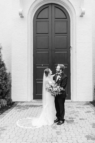 423_Ryan+Hannah_WeddingBW.jpg