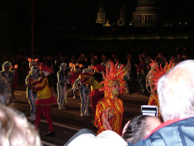 2005_0917thamesfestival009.JPG