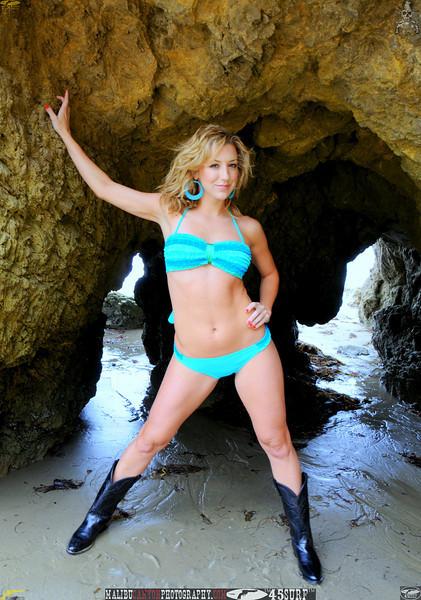 malibu matador swimsuit model beautiful woman 45surf 564,.,,.