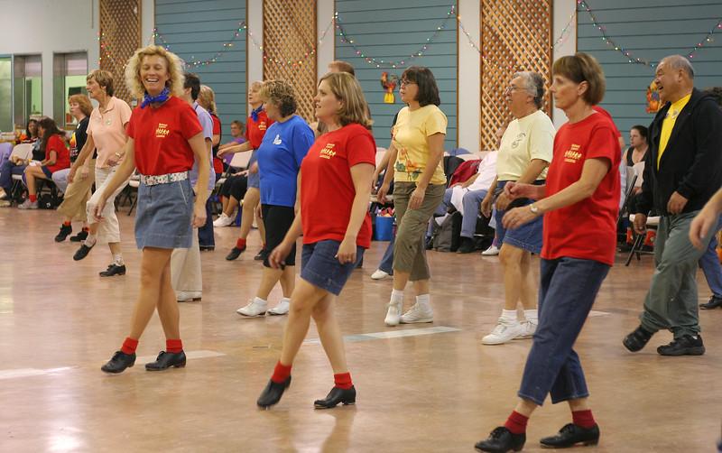 7038 LHStomp dancers.jpg