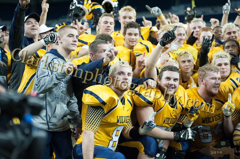 2014 Clarkston Varsity Football vs. Saline 826.jpg