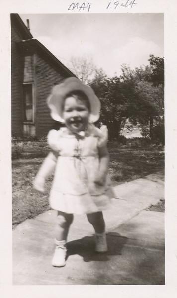 Sharon Clark May 1944.jpg
