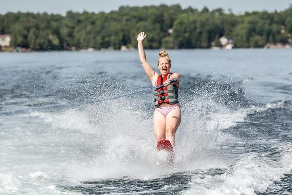 Water ski Kellyn